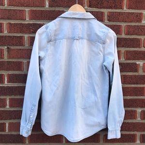 Madewell Tops - Madewell Chambray Denim Button Down Shirt